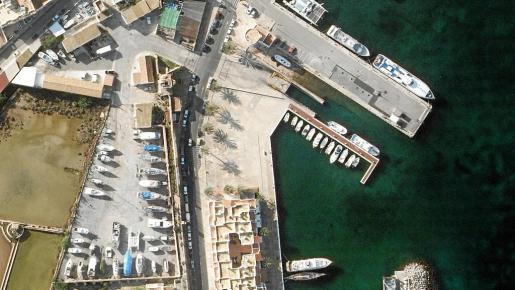 Imagen de los dos solares que APB ha comprado a Salinera Española por 2,4 millones de euros para crear un varadero.