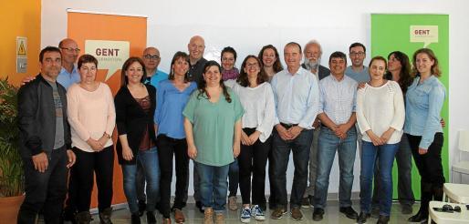 La nueva ejecutiva de Gent per formentera está formada por 21 personas, 7 más que el equipo anterior.