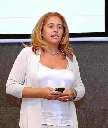 Elisabeth Martínez, CEO de Conector.