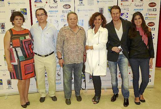 Antonia Ramis y su marido, José Luis Ardura, Raquel Arañón, Miguel Such y Marisa Ruiz-Abellán.