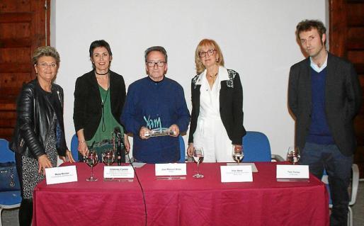 María Ramón, Francisca Niell, José Manuel Broto, Pilar Abad y Toni Ferrer.