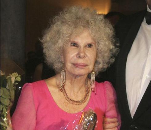 La duquesa ha sido reconocida por su contribución al mundo de las Bellas Artes.