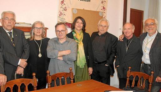 Rafel Perelló Paradelo, Teresa Matas, Pere Joan, Cristina Ros, Guillem Frontera, Ñaco Fabré y Cesc Mulet.
