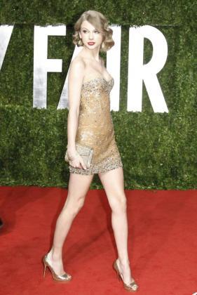 La actriz Taylor Swift a su llegada a la 83 ceremonia de entrega de los Oscars.
