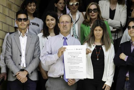 El juez decano y la Fiscal Jefe de Ibiza encabezaron los cinco minutos de concentración previos al paro