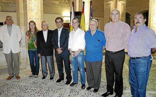 Joan Jaume, Magdalena Duraho, José Oliver, Joan Jaume, Guillermo Veny, Pep Vidal, Cristóbal Sbert y Juan Barros encabezaron el acto celebrado en Llucmajor.