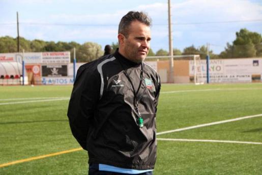 Juan Arsenal, entrenador del Formentera.