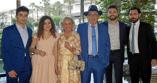 Miquel Àngel Llobera, Mariona Ramis, Maria Garau, Miquel Ramis, Gabriel Llobera y Miquel Ramis.