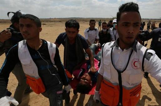 El Ejército israelí trata de disuadir a los palestinos de que se concentren en la valla fronteriza
