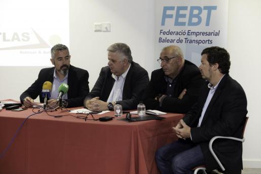 La Federación Balear del Transporte celebró ayer en ibiza su asamblea anual.