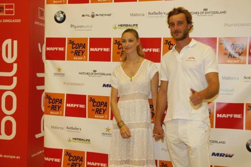 Pierre Casiraghi y su esposa Beatrice Borromeo en Mallorca.