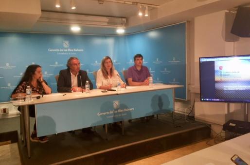Estudio presentado por los consellers de Salut, Patricia Gómez, y de Educació, Martí March