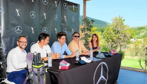 Los organizadores, durante la rueda de prensa de la presentación del torneo en las instalaciones del restaurante Hoyo 19.