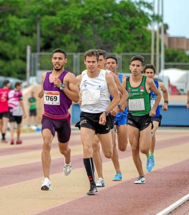 Anass Bourass durante la prueba del 1.500 celebrada ayer en Can Misses.