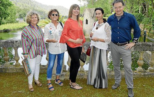 Lidia Riudoms, Ana Maldonado, Paz Sancho, Ana Fernández y Pep Coll.