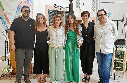 Josep Ramon Santiago Jorra, Bàrbara Nicolau, Bàrbara Sagrera, Joana Neus Oliver, Francesca Vadell y Andreu Pasqual.