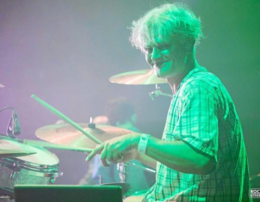 Carlos Martín durante un show.