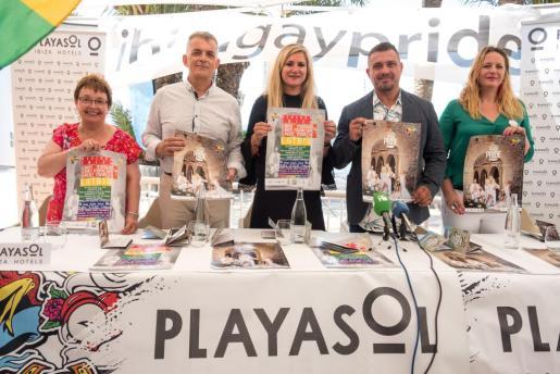 De izquierda a derecha Lidia Corral, Vicent Torres 'Benet', Marta Díaz, Antonio Balibrea y Carmen Boned.
