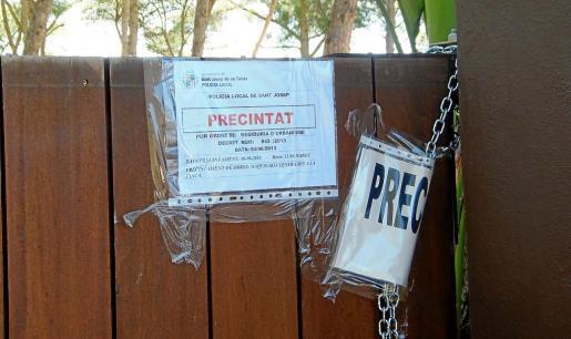 Imagen de archivo de un precinto del Ayuntamiento de Sant Josep en unas obras ilegales.