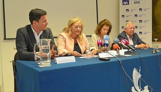 Josep Alfonso, Maria del Carme Oliver, Carmen Planas y Fernando Jáuregui.