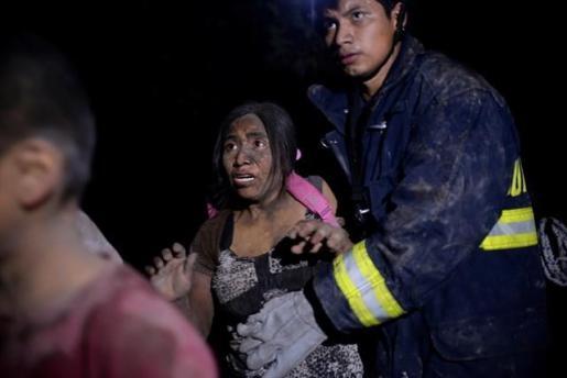 Ya son 69 los muertos por la erupción del volcán de Fuego en Guatemala.