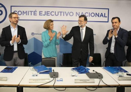 Rajoy se marcha: «Es lo mejor para el PP y para España».