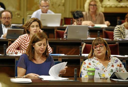 Francina Armengol, ayer, en el pleno del Parlament.