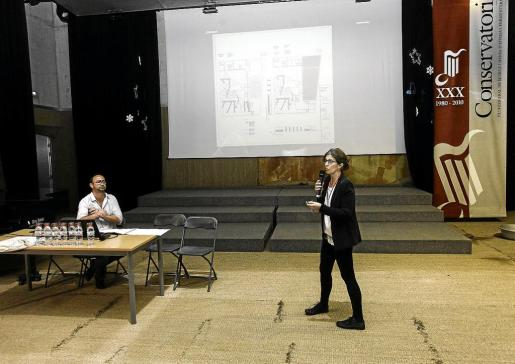 La arquitecta del Ibisec, Maribel Seguí, dio a conocer el proyecto en un acto en el Conservatorio el 26 de abril.
