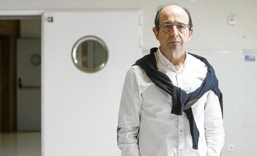 Carlos Rodríguez, del Sindicato Médico, en las instalaciones de Can Misses en una imagen de archivo.