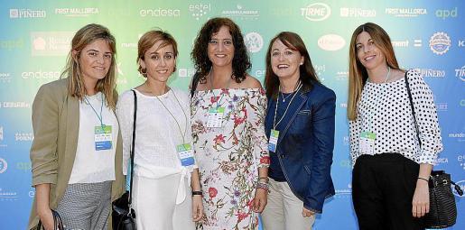 Ana Medrano, Sara Díez, Montse Bauçà, Eva Badá y Carmen Álvarez.