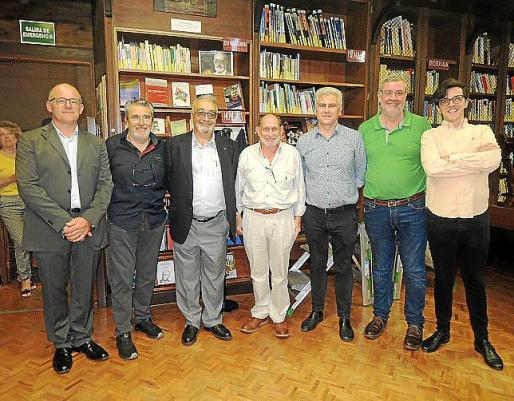 Llorenç Gelabert, Tòfol Vidal, Miquel Segura, Abraham Barchilon, Josep Melià, Joan Prats y Joan M. Segura.