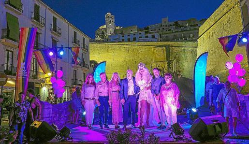 La apertura de la cuarta edición del Ibiza Gay Pride se celebró ayer en la Marina.