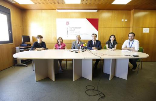 Los máximos representantes del Ib-Salut y Can Misses comparecieron ayer en rueda de prensa.