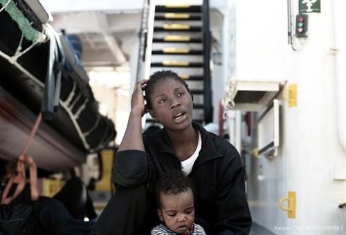 Valencia espera la llegada escalonada de los tres barcos con migrantes del Aquarius a partir del domingo.