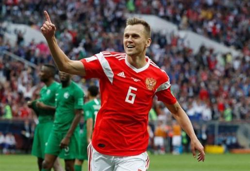Cheryshev se luce y Rusia golea para empezar.