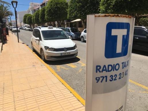 Parada de taxis en Formentera.