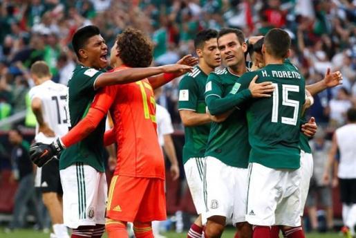 México amarga el debut de la vigente campeona.