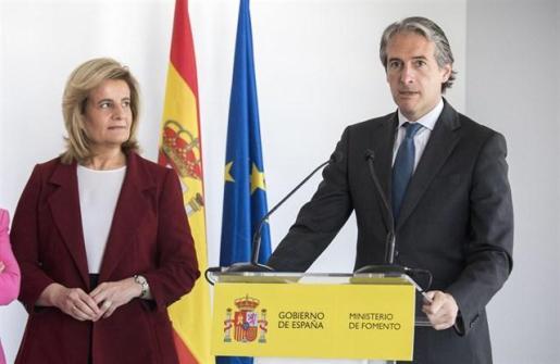 De la Serna no optará a la presidencia del PP y apoyará la candidatura de Santamaría.