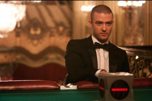 """Fotograma donde aparece el actor Justin Timberlake en el papel de Will Salas, durante una escena del """"thriller"""" de ciencia ficción """"In Time""""."""