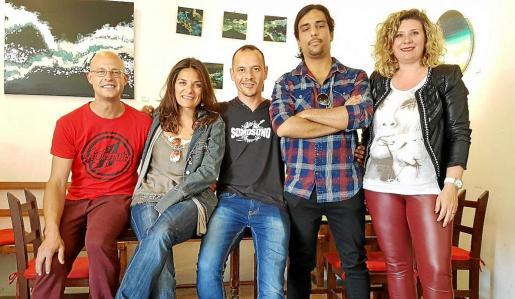 Cinco de los miembros de la Associació de Músics d'Eivissa.