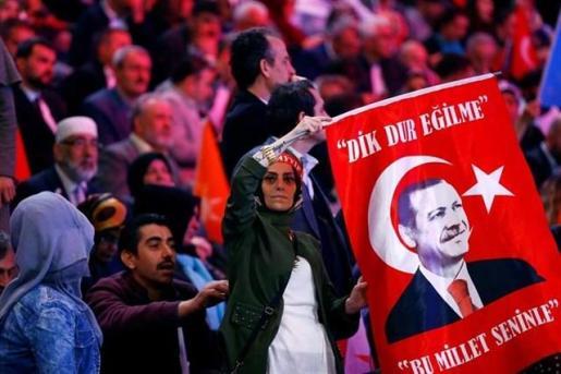 Turquía acude mañana a las urnas para las elecciones más importantes de la era moderna.