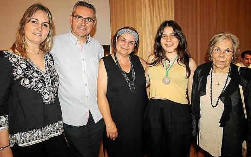 Carolina Campins, Jaume Medinas, Mercedes Rodríguez, Carlota Negre y Asunción Llavería.