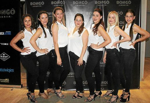 Laura Flórez, Noelia Bravo, Yasmina Barceló, Marga Rotger, Sara Roca, Sara Juan y Andrea Martínez.