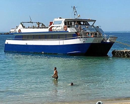Los populares recuerdan que la playa de ses Figueretes es muy frecuentada por familias residentes y turistas.