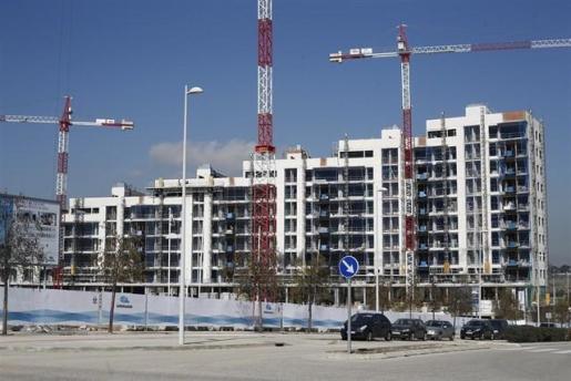 El precio medio de la vivienda en España sube un 5,9% en los seis primeros meses del año.