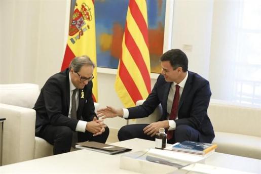 Sánchez rechaza el derecho de autodeterminación planteado por Torra.