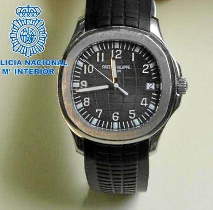 Imagen de uno de los relojes de alta gama recuperados este verano por la Policía Nacional de la comisaría de Ibiza.