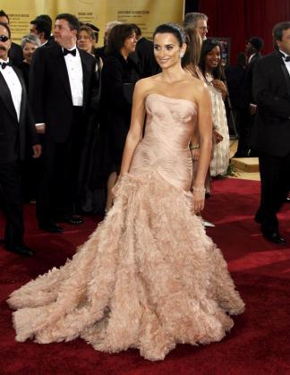 Penélope Cruz lució un espectacular vestido de Versace en la gala de 2007.