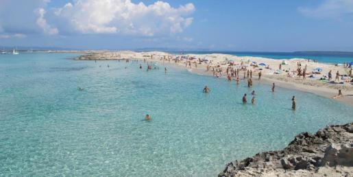 Imagen de la playa de ses Illetes en Formentera.