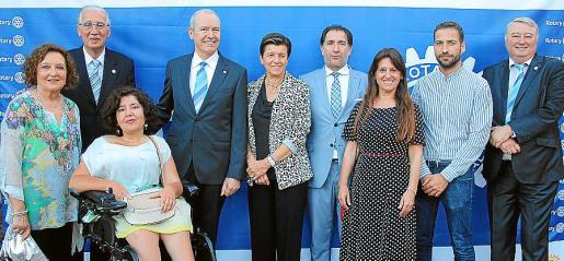 Ana Morro, Pedro Comas, Mar Cerezalez, Jesús Martínez, Carmen Serra, Xavier Bonet, Aurora García, Pau Fons y Armando Pomar.